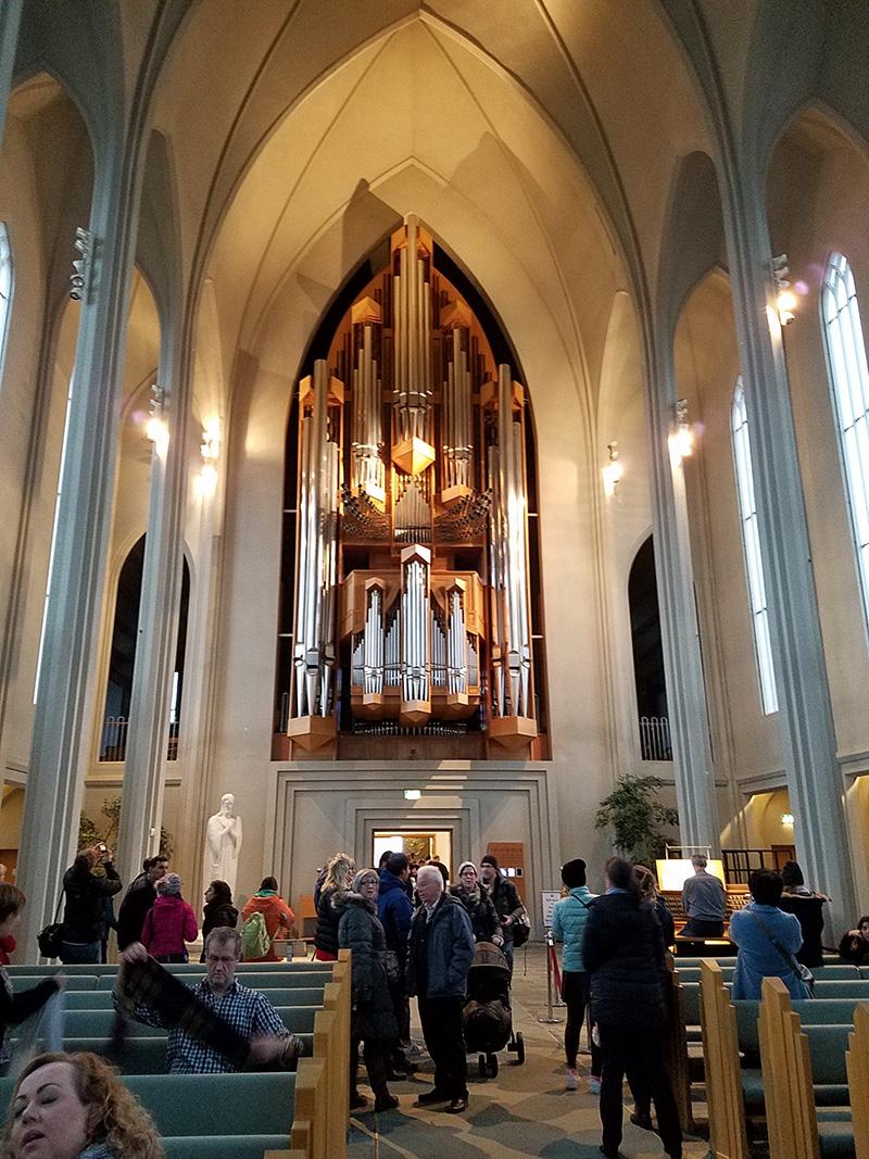 organ inside Hallgrímskirkja church