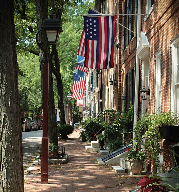 Philly-Row-Home-Flags