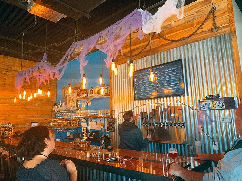 Devil's Creek Brewing Bar
