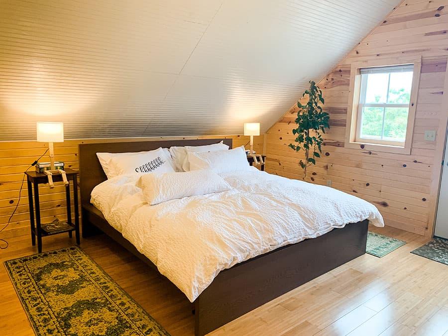 bed Le Petit Chevalier winery loft