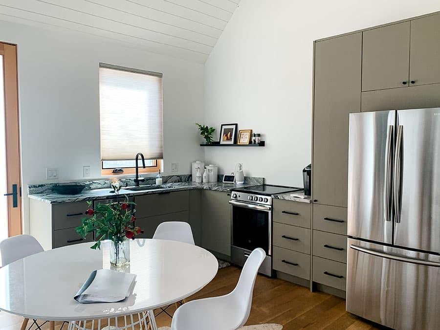 Draper Airbnb kitchen
